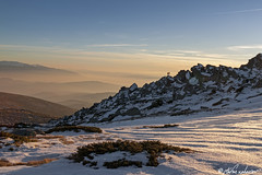 Gold-moments-diggers (brotobg) Tags: two people togetherness golden hour ridge standing juniper outdoors snow shadows rocks clouds light travel mountains sunset landscape mist vitosha bulgaria