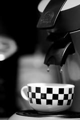 Late-Night-Coffee (Gerd Trynka-Ottosohn) Tags: ottosohnfoto germany gerdtrynka kaffeepause kaffee coffee tasse cupofcoffee kaffeetasse senseo schwarzweis caffcrema tropfen drops blackandwhite fujixt10 xf90mmf2