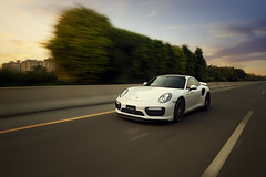 Porshce Rolling (Omer Schabbeer Photography) Tags: porsche carrera turbo 911turbo rolling sunset automotivephotography omerschabbeerphotography lahore pakistan