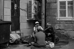 / - (Irina Boldina) Tags: street streetphotography streetlife streetphoto saintpetersburg piter people photography photo petersburg streetbw bw blackwhite blackandwhite bnw moments music monochrome mood emotion yards life window walls russia time