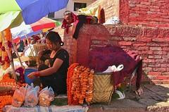 NEPAL, Kathmandu - unterwegs in der Altstadt, 15026/7662 (roba66) Tags: nepal menschen people market markt reisen travel explore voyages urlaub visit roba66 asien südasien asia city stadt capitol kathmandu streetsene strasenszene aufdenstrasen frau frauen woman