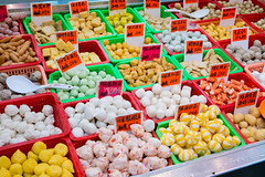 Delight surprise (botterli) Tags: travel food hongkong colorful asia market kowloon mongkok fishballs shanghaistreet