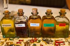 Invita la casa (miguelggm) Tags: asturias licores licor chabola vallado vallao lachabola