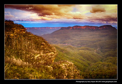 Golden Echo Point & Jamison Valley, Blue Mountains, Fuji X100s 1657 (Gary Hayes) Tags: sunset sydney australia bluemountains echopoint