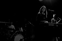 Julia Holter X (Tom J. Dennis) Tags: sf sanfrancisco california nikon live indie bayarea nocal greatamericanmusichall westcoast concertphotography juliaholter
