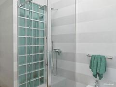 Parete doccia in vetrocemento