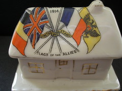 Crested China Flags Of The Allies. Victory House. (Jimmy Big Potatoes) Tags: poppy worldwarone cenotaph armisticeday