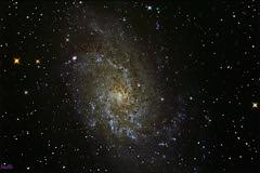 m33 galaxie du triangle au newton 300mm (Jo 0405) Tags: lightpainting lune soleil hiver astro telescope galaxies messier iss étoiles milkyway observatoire canigou astronomie voielactée éclipse chiran astrophotographie merdenuages amas nébuleuses venuse 1000d montchiran