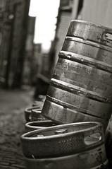 A drum (Cameron Webb) Tags: street white black beer nikon drum glasgow sauchiehallstreet d90