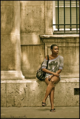 les jeune femmes de paris ...... (ana_lee_smith) Tags: street travel portrait paris france macro tourism wall architecture female vintage lens photography candid pillar sigma beercan tones f4 îledelacité photosof analeesmith ruedelutèce minoltaaf70210mm sonyslta33 lesjeunefemmesdeparis