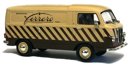 IXO Lancia Jolly Ferrero