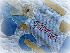 GaBriEL (DoNa BoRbOlEtA. pAtCh) Tags: baby handmade application beb applique colcha aplicao quiltlivre quartodebeb bordadomo donaborboletapatchwork denyfonseca