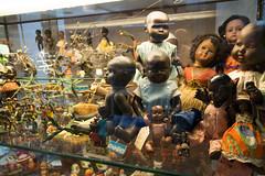 Collection of black dolls (quinet) Tags: belgien belgique belgium brussels brusselstoymuseum bruxelles brssel lemusedujouetdebruxelles spielzeug jouets toys