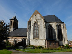 Eglise Notre-Dame de l'Assomption (xavnco2) Tags: estreslescrcy somme picardie france banc banco bench pompe waterpump fleurs flowers glise chiesa church kirche