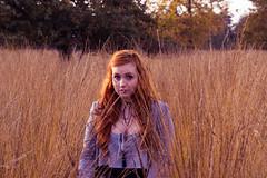 (shinebrightx) Tags: thenetherlands paisesbaixos holanda landscape nature autumn fall people ginger redhead redhair ruivo ruiva girl woman