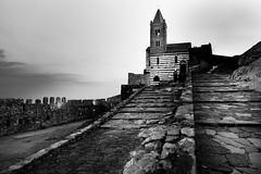 Chiesa di San Pietro - Portovenere - (Domenico Laviano) Tags: portovenere black white chiesa san pietro italia italy borgo liguria