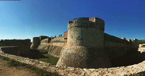 Mati al  castell de Salses #instagood  #fr #france #soleil #fortresse #forteressedesalses #monumentsnationaux