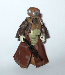 zuckuss bounty hunter star wars the legacy collection bd-54 the empire strikes back basic action figures 2009 hasbro f (tjparkside) Tags: zuckuss bounty hunter star wars tesb emire strikes back esb ep episode v 5 five 2009 basic action figure figures bd54 bd 54 series 12 mer sonn mersonn grs1 grs 1 snare rifle darth vader millennium falcon boba fett legacy collection red empire hasbro