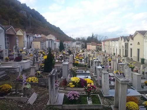 Bello il cimitero di #LucodeiMarsi #marsica