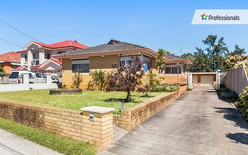 7 Webster Road, Lurnea NSW 2170