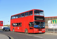 london out let (D Stazicker Photography) Tags: lx03nfy london trident alx400 m travel pontefract castleford dennis