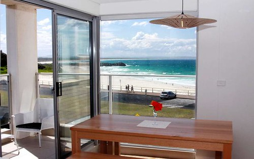 10/8-12 North Street, Forster NSW 2428