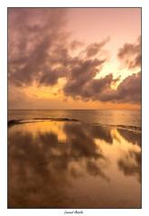 quilibre (Laurent Asselin) Tags: ciel nuages soleil aube sunrise paysage lumire couleurs eau mer ocan cte rivage reflets guyane kourou
