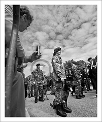 Veterans Day NL [5/5] (Bram du Saar) Tags: world blackandwhite bw afghanistan holland netherlands senior dutch hat june juni canon indonesia soldier army marine war uniform day zwartwit soedan sudan nederland royal first denhaag event cap pay corps second 29 remembrance veteran retired bas thehague forces celebrating indonesi veterans sinai leger armed irak afganistan zw korps headgear koninklijke zuidholland malieveld marechaussee luchtmacht evenement militair lahaye knil veteranendag kmar sina vetus 2013 landmacht hoofddeksel defensie krijgsmacht photolabaj 5dmrkii oudmilitair bramdusaar