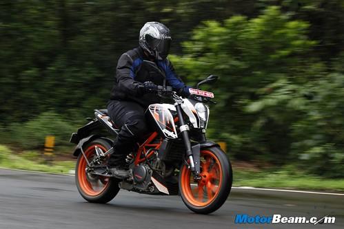 KTM-Duke-390-16