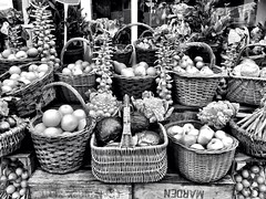 The Creaky Shed (Rob Emes) Tags: bw shop fruit mono display greenwich vegetable 365 veg grocer iphone 365project iphone5 thecreakyshed iphoneography 3652013 nov2013 vision:outdoor=0966