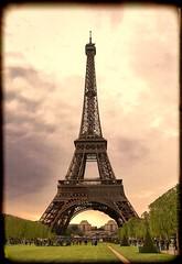 Eiffel Tower_img 0178 (Irwin Reynolds photo eXpressions) Tags: paris eiffeltower toureiffel champsdemars famouslandmarks 7arrondissement internationallandmarks topazadjustanddetail globallandmarks irwinreynoldsimg0178 tonedphotosoftheeiffeltower antiquephotosoftheeiffeltower