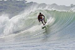 Nicaragua (Robert L Payne) Tags: glass offshore surfing nicaragua left popoyo