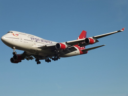 Boeing 747-41R Virgin Atlantic G-VWOW Cosmic Girl