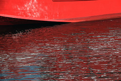 Red Boat (N.Kuratani) Tags: eoskissx3