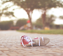 Rest.. (Faisal | Photography) Tags: morning red white green garden eos shoes soft dof bokeh good 14 usm 50 tones allstar ef ef50mmf14usm 50d canoneos50d faisal|photography