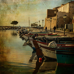 Mze (Martine Rodier) Tags: france texture colors reflections square boats fishing mood harbour small atmosphere mze martinerodier medtitteranean