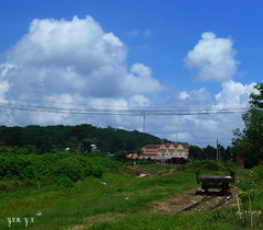 Space Opra Vietnam: Sky and Cloud Ciel et Nuage.  Spectaculaire dveloppement des Cumulonimbus: Orage tropical dans 2 heures.  Spectacular development of cumulonimbus: tropical storm in 2 hours. (tamycoladelyves) Tags: city sky cloud de nuvola himmel wolke delta cu vietnam ciel cielo nuage nuvem dalat saigon nube mekong ville hochiminh longan  angiang trvinh  tphcm bntre vnhlong kingiang cmau cnth sctrng tingiang ngthp bcliu hugiang