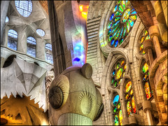 (2358) Basílica Sagrada Família (QuimG) Tags: interiors interiores golden barcelona catalunya basílicasagradafamília gaudí art architecture arquitectura olympus afcastelló specialtouch obresdart