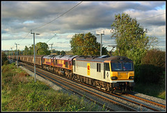 92036, Murcott (Jason 87030) Tags: murcott longbuckby ts lineside location field northants northamptonshire loop wcml actraction aclocomtive 92036 class92 sheds 66s october 2008 light sky lighting warringtonarpley ripplelane freight 6l42 train eclectric ac