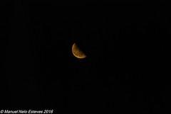 2016.08.25; Crescent Moon (FOTOGRAFIA.Nelo.Esteves) Tags: 2016 neloesteves usa us unitedstates nj newjersey monmouthcounty bayshore unionbeach crescent moon night sky golden satellite