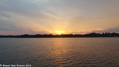 2016.08.16; Keyport Moonrise & Sunset-11 (FOTOGRAFIA.Nelo.Esteves) Tags: keyport newjersey unitedstates us 2016 neloesteves samsung note5 usa nj monmouthcounty bayshore waterfront moonrise sunset moon sky august summer