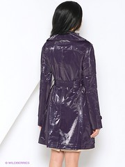 Wet Look Raincoat (betrenchcoated) Tags: raincoat regenmantel regenjacke lackmantel patentcoat pu beautifulgirl shiny buttons