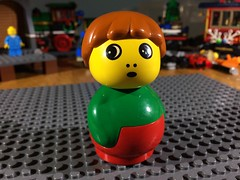 WHA HAPPEN?? https://youtu.be/VIFC57Ud5eU (woodrowvillage) Tags: lego duplo primo quatro mini figure minifigure toy funny boy scared frightened