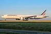 [CDG] Air France 'JonOne' livery Boeing 777-300ER (Timothée Savouré) Tags: air france jonone livery boeing 777 777300er fgsqi sticker