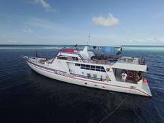 _Drone_boat3 (yepabroad) Tags: maldives malé surf bodyboard atoll baa raa swiss oomidoo drone