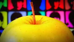 The Beatles (DigitalLUX) Tags: thebeatles macro mondays beatlesbeetles apple applerecords 1960s music thefabfour hmm colorful macromondays