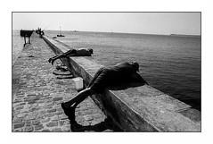 Lomener (Punkrocker*) Tags: contax aria cy zeiss distagon 28mm 2828 t film kodak trix 400 nb bwfp harbor fishermen sea people lomener lorient morbihan bretagne brittany france