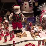 Movie: Christmas window dressing of bakery in Feldkirch, Austria