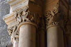 Capitell, claustre de la Seu Vella de Lleida (esta_ahi) Tags: lleida claustre claustro cloister seuvella ri510000156 catedral gtic gtico segri lrida spain espaa  capitel capitell