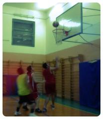 La prima partita di Teo (Colombaie) Tags: partita amichevole basket sanlorenzo adolescenti giocare palestra sport teo